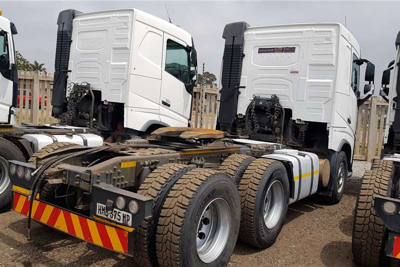 Volvo Double axle FH440 Version 4 Retarder Truck tractors