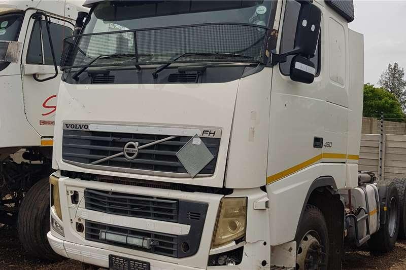 Volvo Double axle FH480 V3 6x4TT Repo Truck tractors