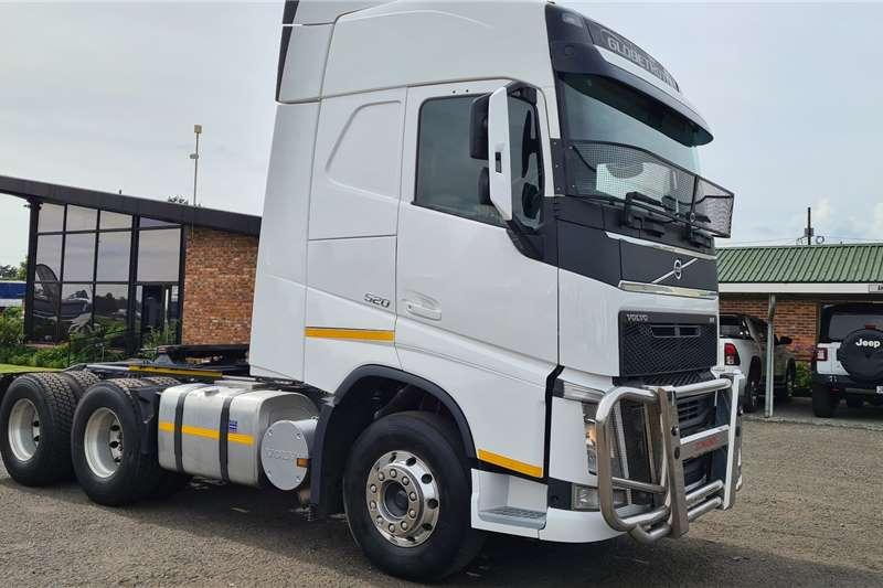 Volvo Double axle FH520 Truck tractors