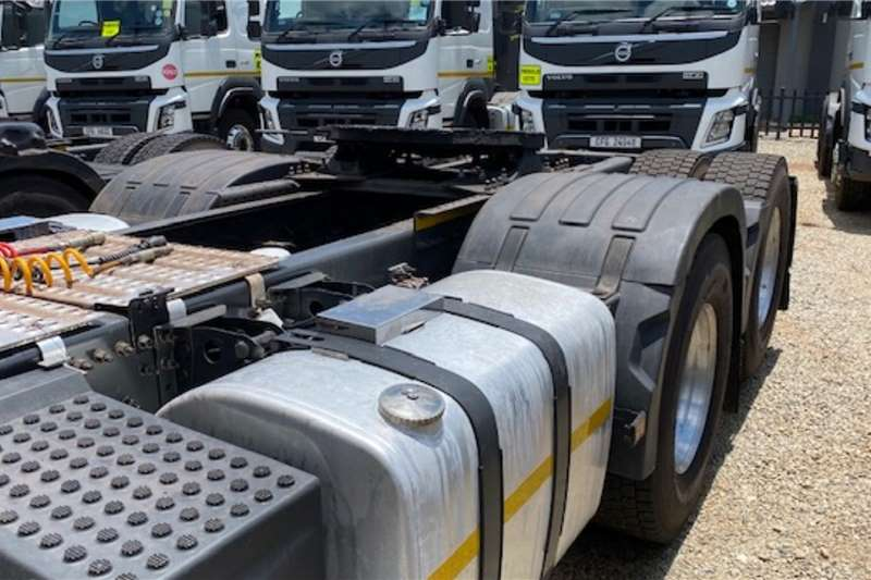 Volvo Double axle FMX 440 6x4 T/T Truck tractors