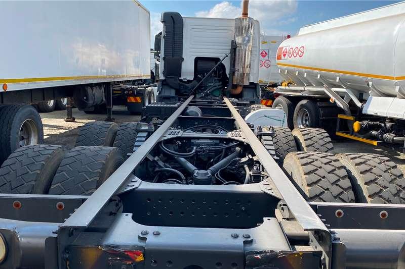 Volvo Double axle Low Kilos Volvo FMX 480 Twinsteer Truck tractors