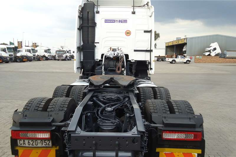 Volvo Double axle VOLVO FH 440 (4) T/T C/C #6605 Truck tractors