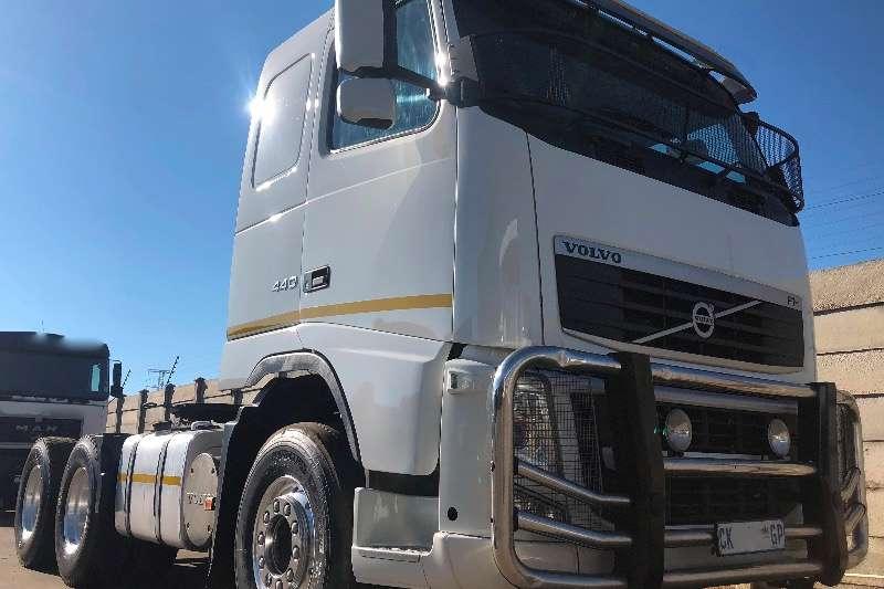 Volvo Truck tractors Double axle VOLVO FH 440 TT 6X4 2013