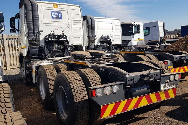 Volvo Double axle VOLVO FH 440 V3 6X4 TRUCK TRACTOR Truck tractors
