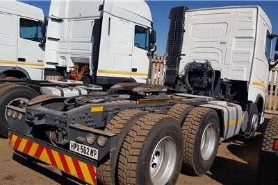 Volvo Double axle VOLVO FH 440 V4 6X4 TRUCK TRACTOR Truck tractors