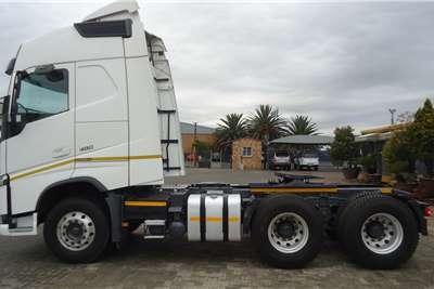 Volvo Double axle VOLVO FH 480 (4) GLOBETROTTER #6630 Truck tractors