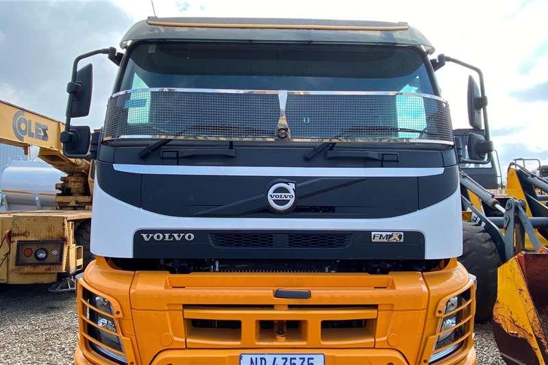 Volvo Double axle Volvo FMX 520 Twinsteer Truck tractors