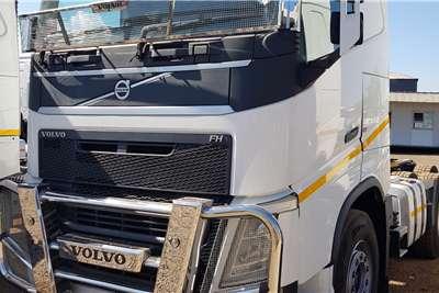 Volvo FH 440 V4 Retarder, New Tyres Truck tractors