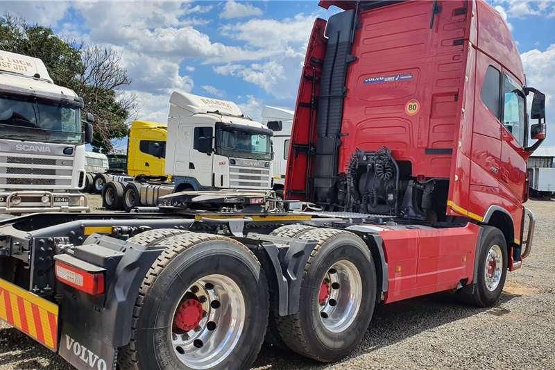 Volvo FH480 GLOBETROTTER VOLVO Truck tractors