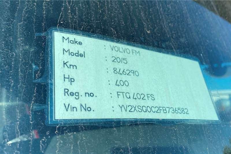Volvo FM 400 Tag Axle In Mint Condition Truck tractors