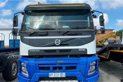 Volvo FMX 520 Twinsteer Truck tractors