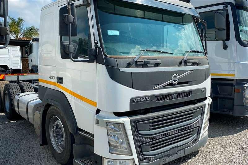 Volvo Single axle FM 400 TagAxle Truck tractors
