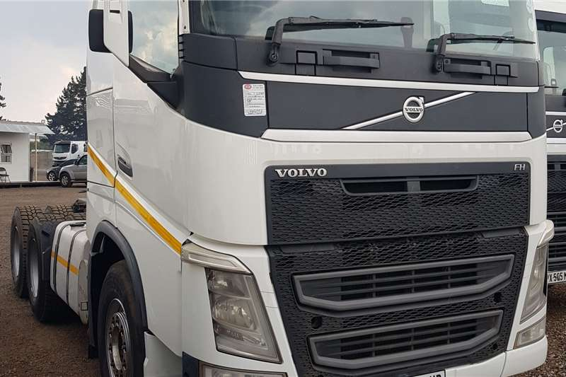 Volvo Version 4 FH 440 6x4TT Retarder Truck tractors