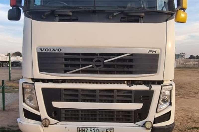Volvo Volvo 440 Truck tractors