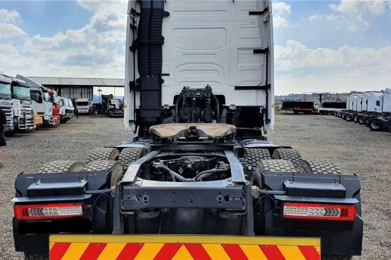 Volvo VOLVO FH480 GLOBETROTTER Truck tractors
