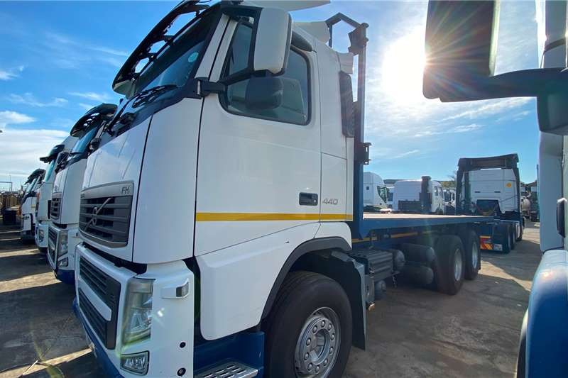 Volvo Volvo FH 440 Chassis Cab Truck