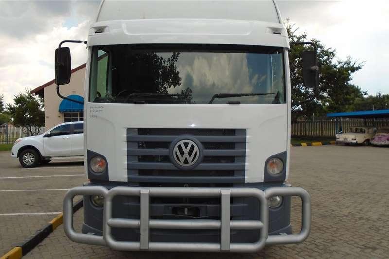 VW Box trucks Constellation 13.180 2009