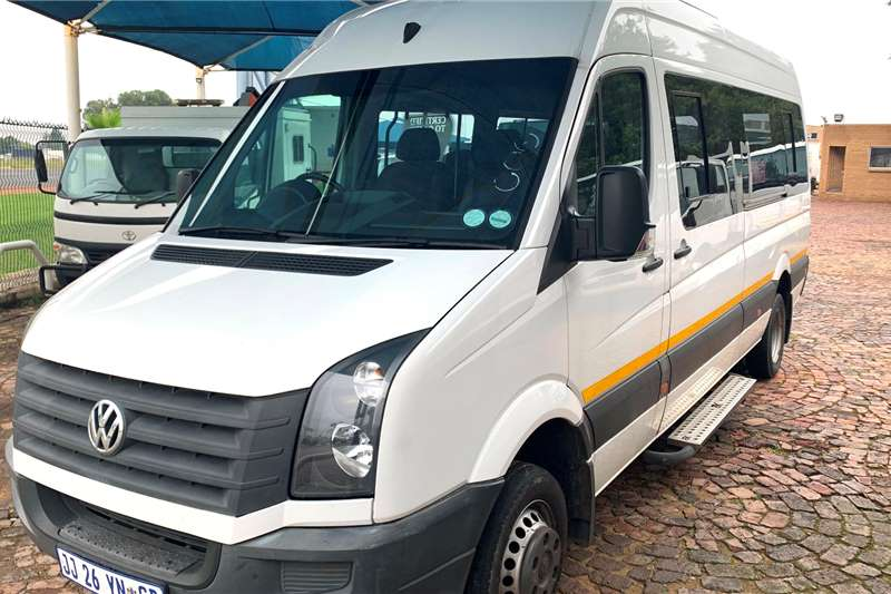 VW Buses 22 seater Crafter 50 HR 22 Seater 2014