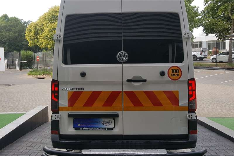 VW 23 seater Crafter 50 2.0 TDi Hr 80 kw Xlwb F/C P/V 23 Seater Buses