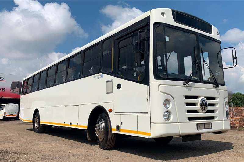 VW Buses 65 seater VOLKSWAGEN 17 210 EXPLORER (65 SEATER) 2017