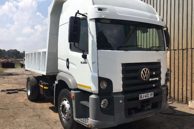 VW Tipper trucks 2013 VW 17 250 6 cube tipper 2013