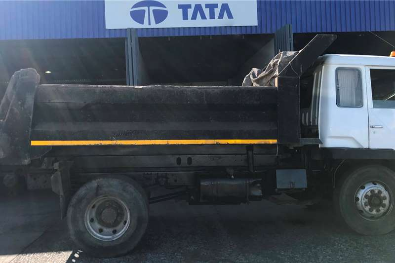 Warrior Tipper trucks CA15 180F 2006