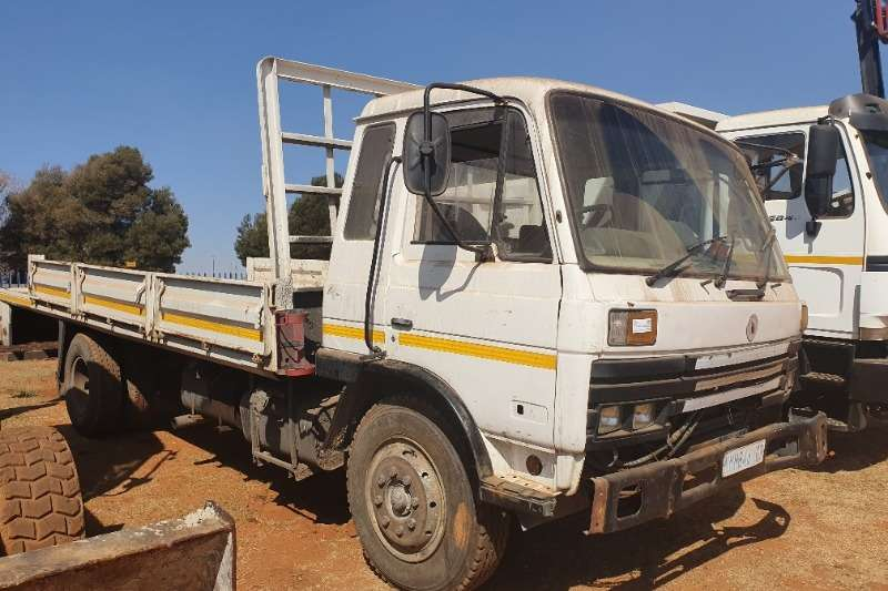 Warrior Truck Dropside 14 160 (8t) 2002