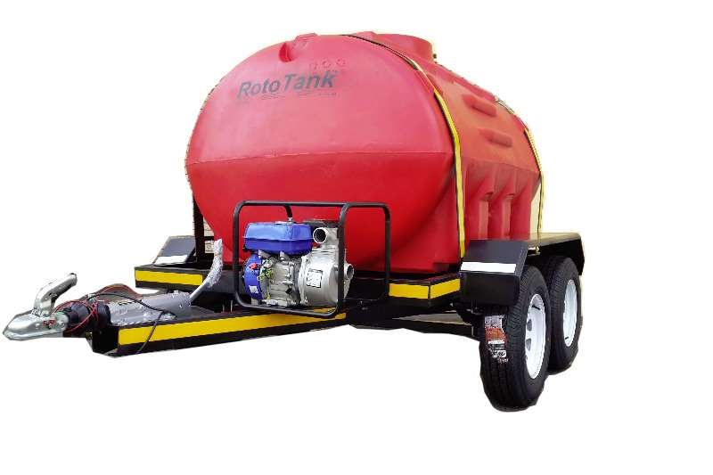 Water bowser 5000 liter plastic trailers 2019