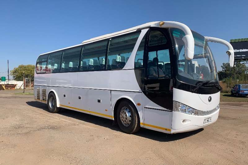 Yutong Buses 38 seater YUTONG ZK6100HBT (37 SEATER) 2008