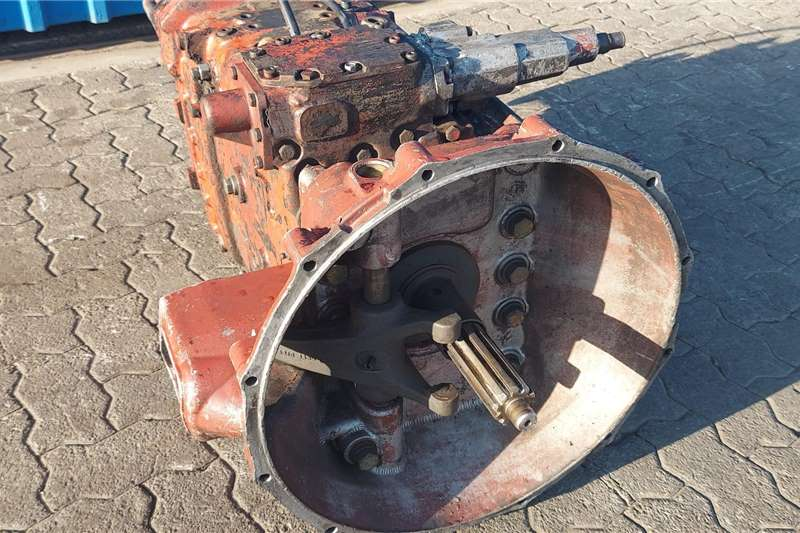 ZF Gearboxes ZF 9S 151 Gearbox Truck spares and parts
